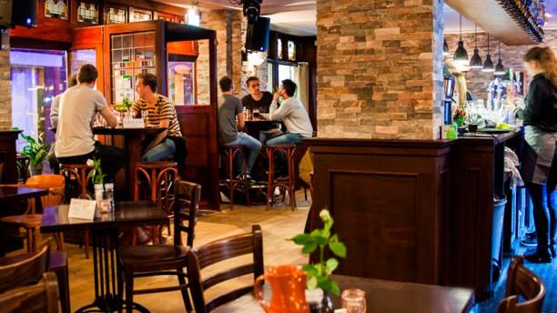Hotel-Cafe-Restaurant Koekenbier Restaurantzaal