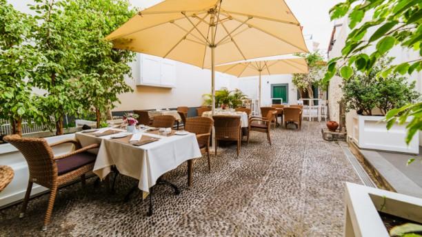 Il Vivaldi - Mediterranean Cuisine Esplanada