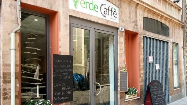 Verde Caffè esterno