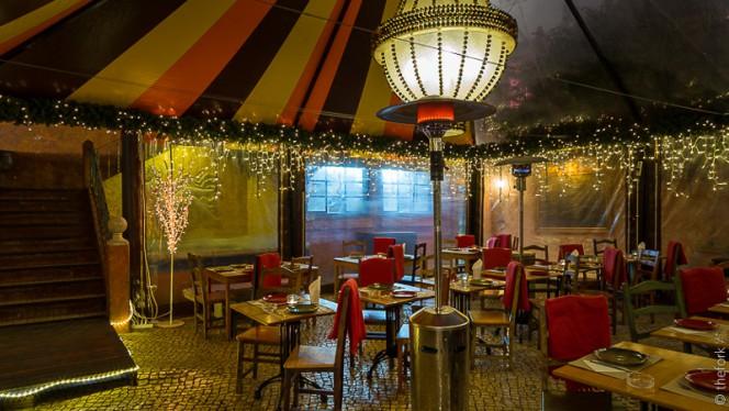 esplanada - Chapitô à Mesa - Terrace Grill, Lisboa