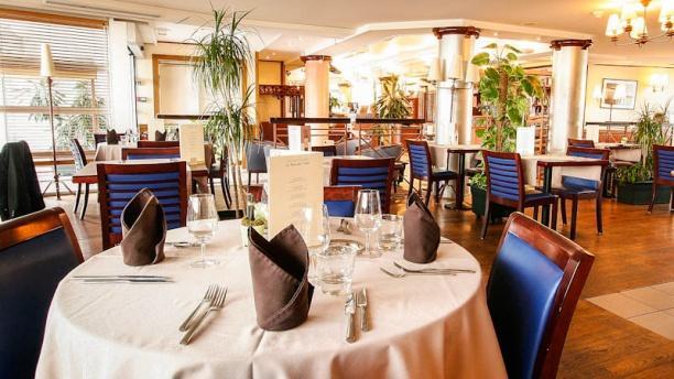Hôtel -  Restaurant - La Rose des Vents by Kyriad Prestige Salle restaurant