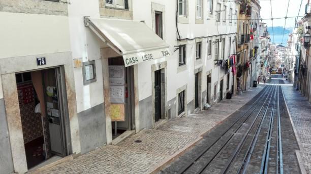 Casa Liege Elevador Bica