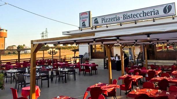 Bisteccheria pizzeria La Stazione Terrazza