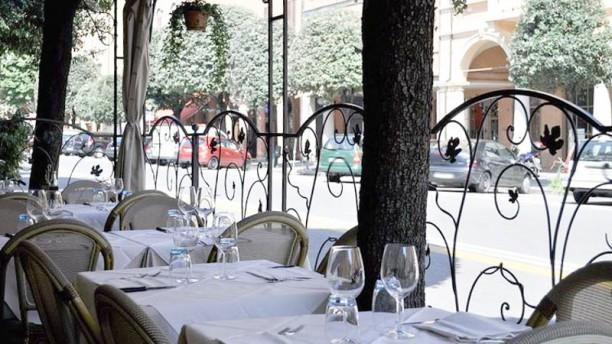 Il portico a bologna menu prezzi immagini recensioni for Il portico pizzeria bologna
