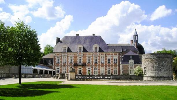 Château d'Etoges Façade du restaurant