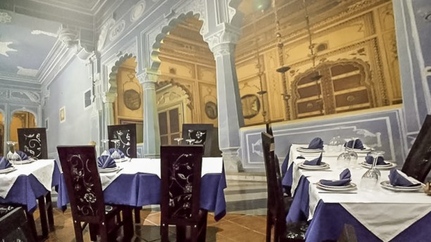 Gandhi Palace - Cascais Sala