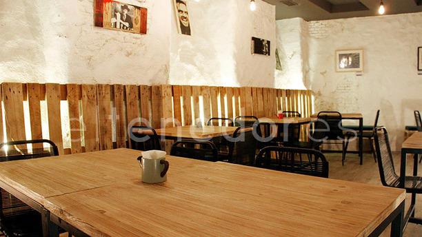 Restaurante majareta en madrid la latina austrias for Sala 091 madrid