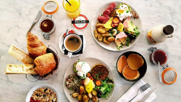 Une Tres Belle Table Avec Un Bon Service Avis De La Piscine Saint