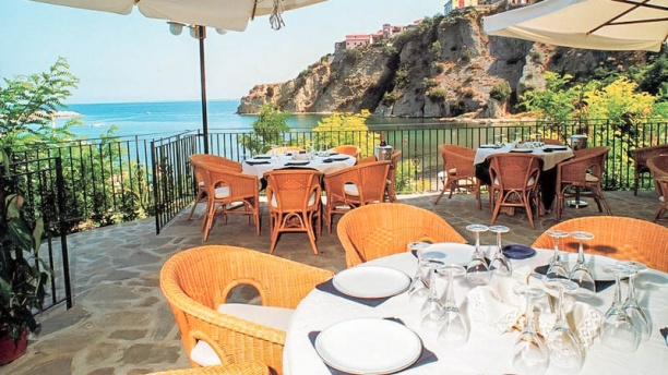 Il Cormorano terrazza con splendida vista sul mare