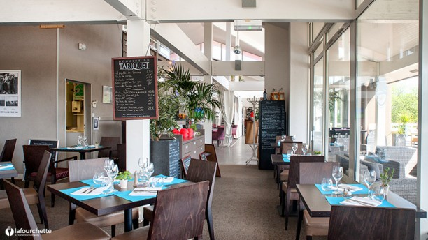 La table du golf in gujan mestras restaurant reviews - La table du comtat seguret 84 ...