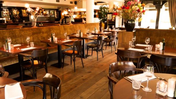 Hamdorff Eten & Drinken Het restaurant
