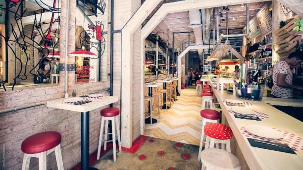 Casa Lola - Rambla Catalunya Vista del interior