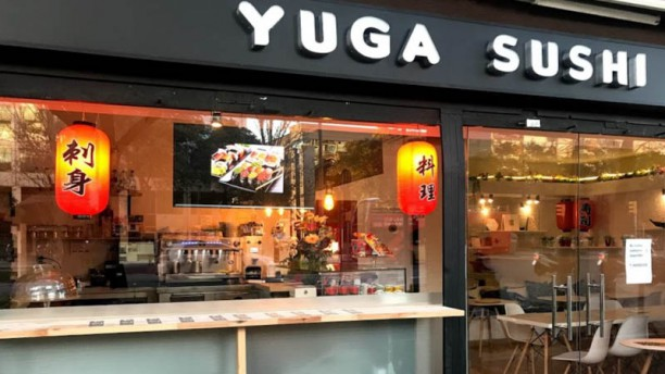 Yuga Sushi Fachada