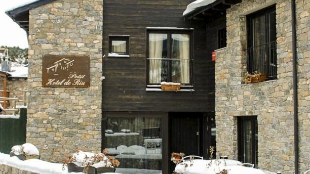 Petit Hotel de Riu Vista entrada