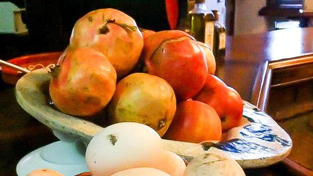 "Mesón Rural Iptuci Fruta de temporada ""Grana"""