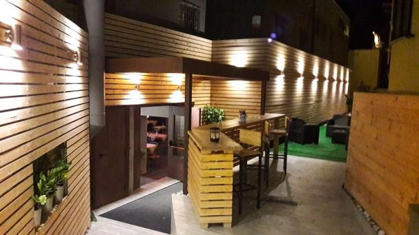 Twins Bistrot Restaurant Wine Bar Locale