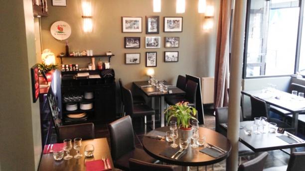 Port louis paris restaurant 12 rue claude tillier for Porte 12 restaurant
