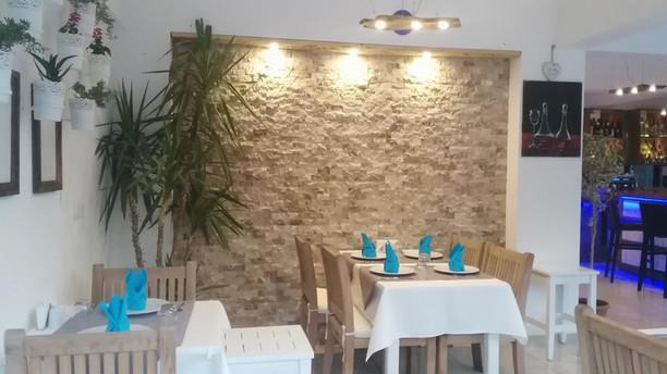 House Cafe & Bar rest1