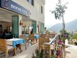 House Cafe & Bar
