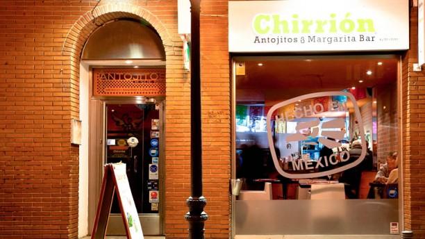 Taquería Chirrión Antojitos by Mestizo La entrada