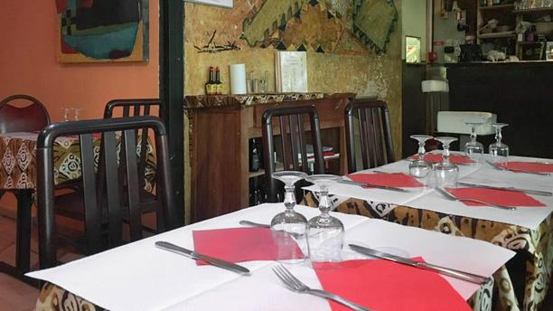 Porokhane Salle du restaurant