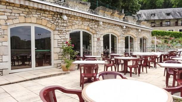 Restaurant Le Grill Piscine Du Ch Teau De La Fleunie