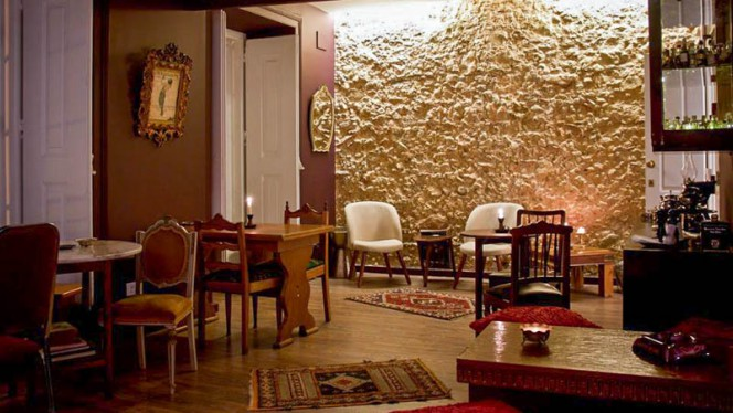 Sala do restaurante - Loucos de Lisboa, Lisboa