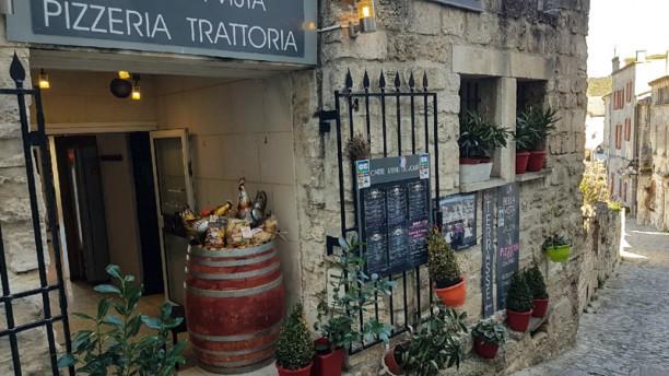 Restaurant la bella vista les baux de provence 13520 for Ristorante la vista