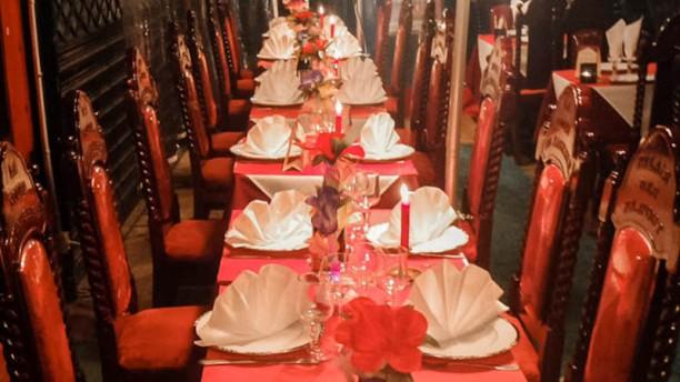Restaurant New Dehli table dressée