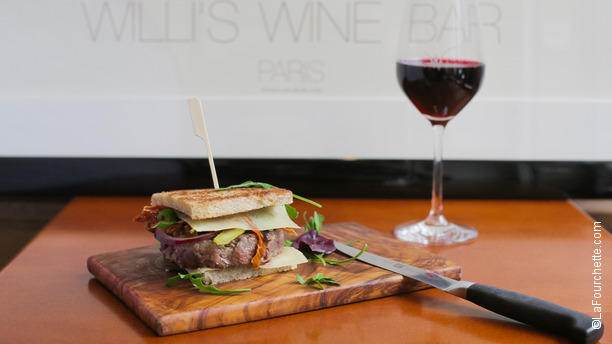 Willi's Wine Bar Le Burger de la maison !