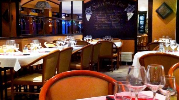 Les Fontaines Salle du restaurant