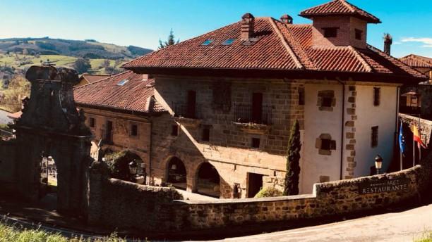 Palacio de Arce Fachada