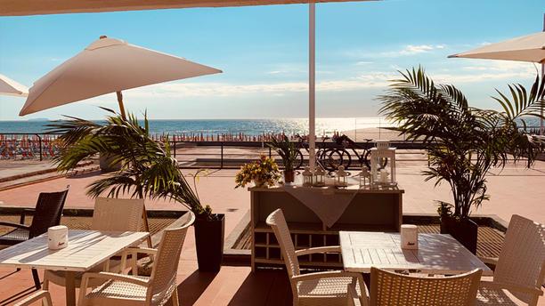 La Vela In Tirrenia Restaurant Reviews Menu And Prices