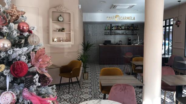 Café Carmela Vista de la sala