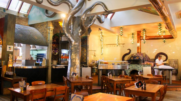 O'Pazzo Restaurant, Pizzeria & Winebar Het restaurant