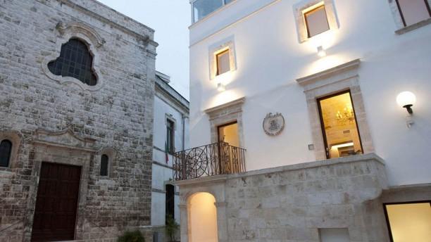 Menelao a Santa Chiara Entrata