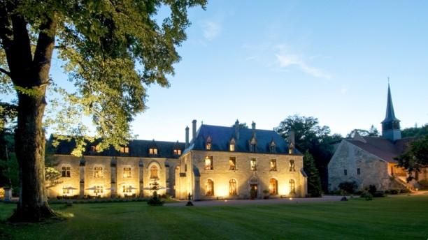 Abbaye de la Bussiere Vue extérieure