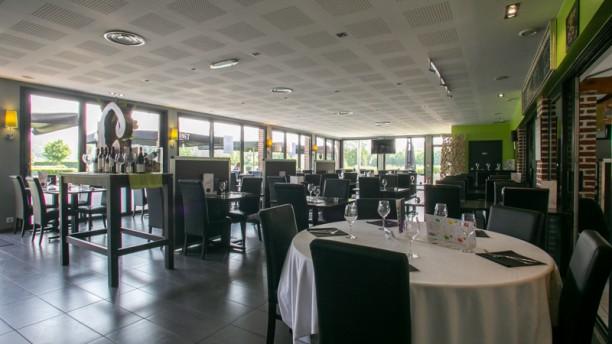 Le Domaine des Cigognes Salle du restaurant