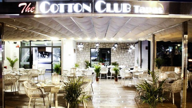 The Cotton Club - Restaurant & Cocktails La entrada
