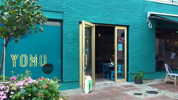 YOMO Restaurant Ingång