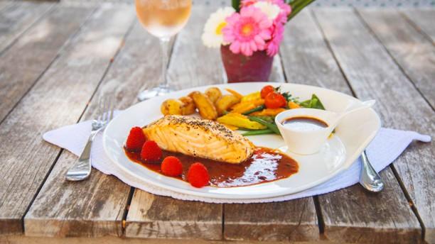 La Piscine Pavé de saumon aux framboises