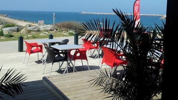 L 39 pi caf restaurant promenade de la barre plage des - Restaurants anglet chambre d amour ...