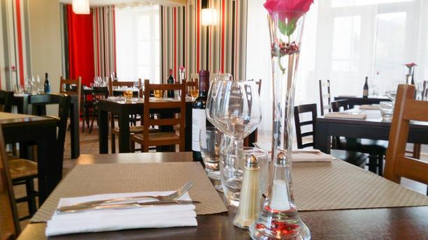 Auberge de Montainville Table dressée
