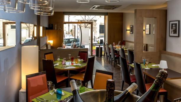 restaurant le charles livon marseille 13007 menu. Black Bedroom Furniture Sets. Home Design Ideas