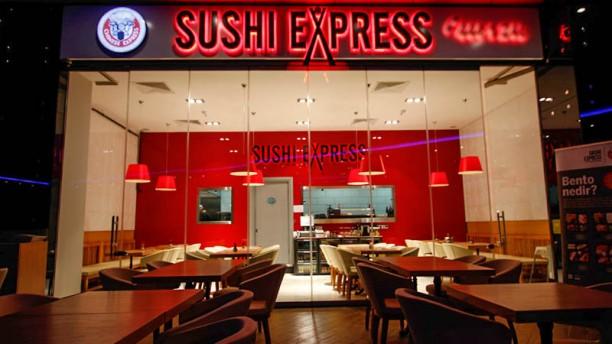 Sushi Express Batı Ataşehir Entrance