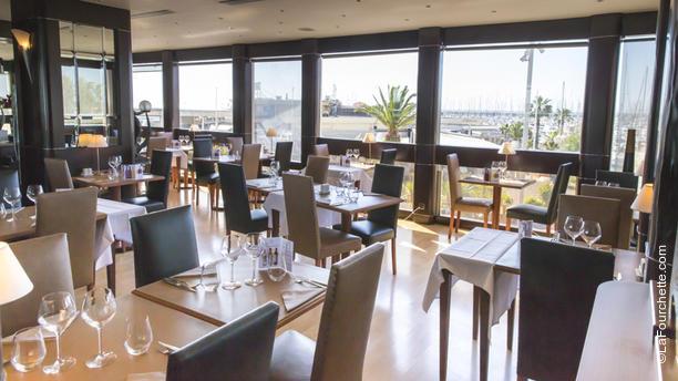 Brasserie le CAZ - Casino de Palavas Les Flots la salle du restaurant