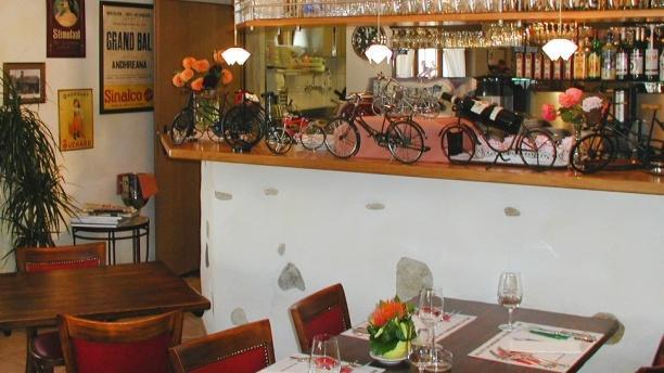 Café de Bogis-Bossey Salle du restaurant