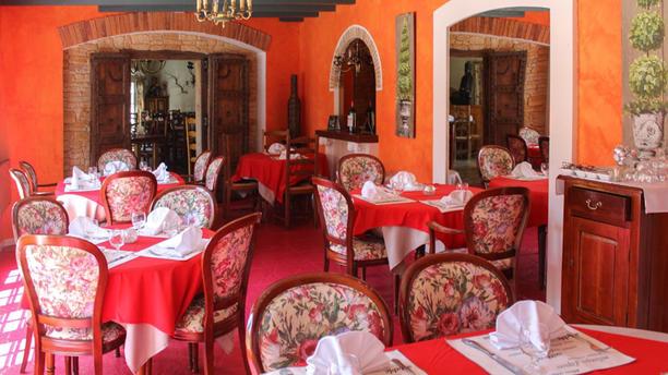 Le Charlie Folie S Restaurant 59 Avenue De La Liberation 03000