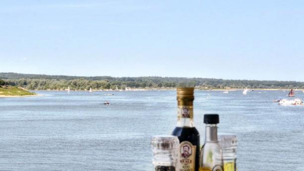 Bistro Bar De Bolder Uitzicht vanaf ons terras