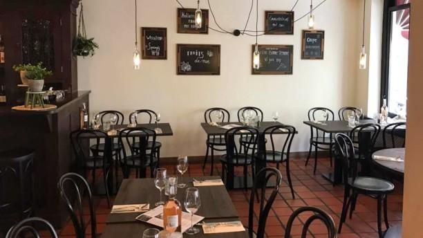 Bistro Bonne Femme Restaurant